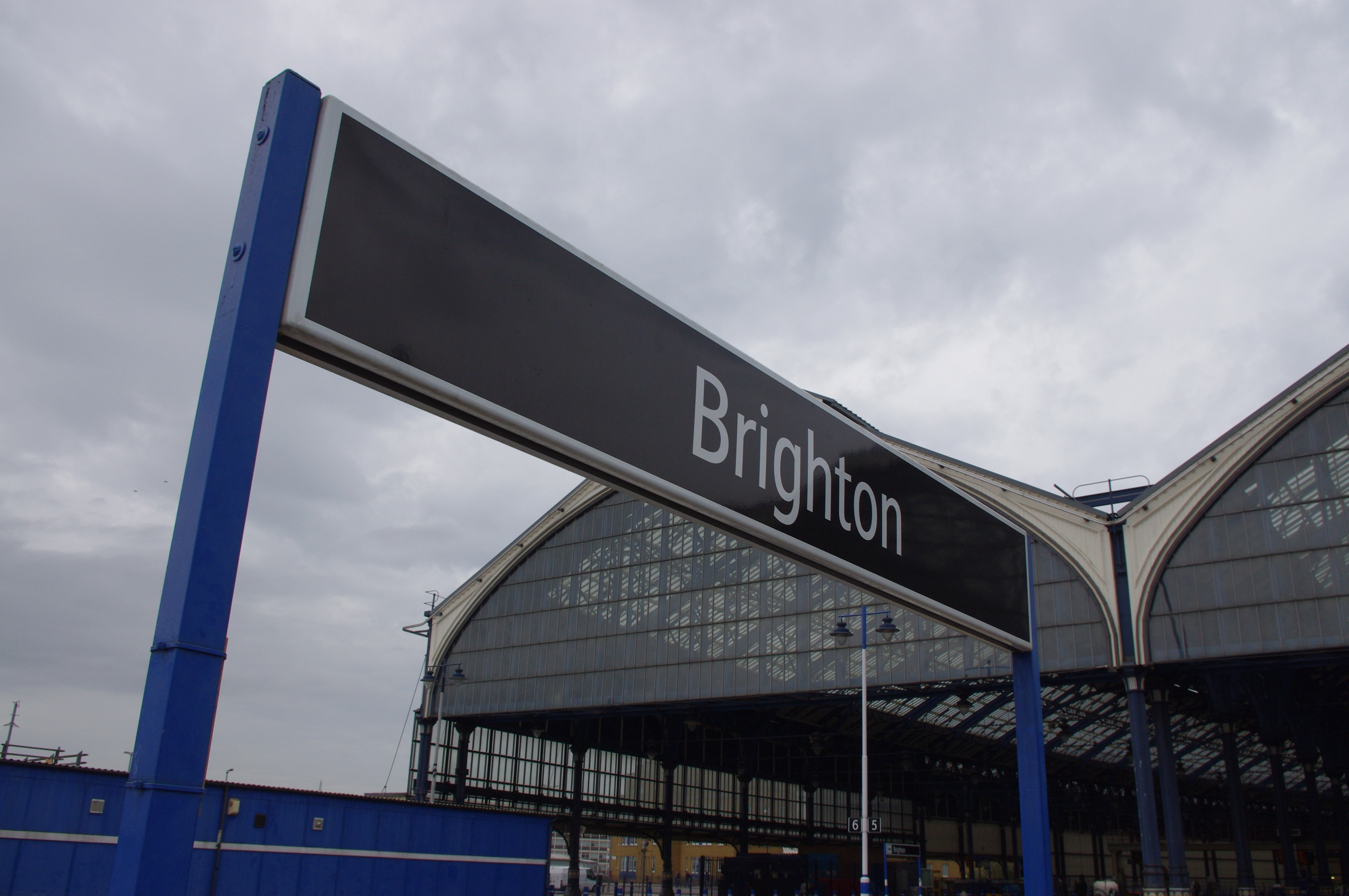 Brighton_Station_Sign